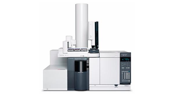 Квадруполь-времяпролетный масс-селективный детектор Agilent 7200B