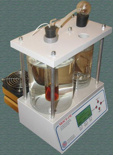 """Автоматический прибор """"МОСТ-1М"""" для определения времени деэмульсации масла"""